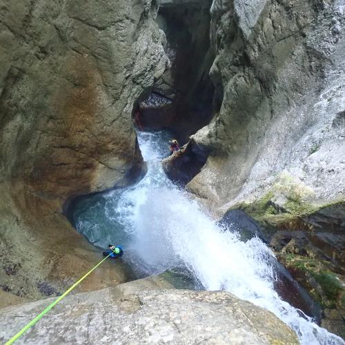 canyon ecouges intégrale vasque suspendue vercors